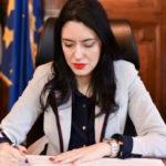 La lettera della Ministra Azzolina al personale, agli studenti, alle famiglie